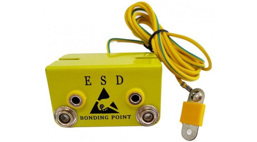 ESD Földelési Pont - Asztalra szerelhető - 2db 10mm apa patent és 2db banándugó - 1 MOhm